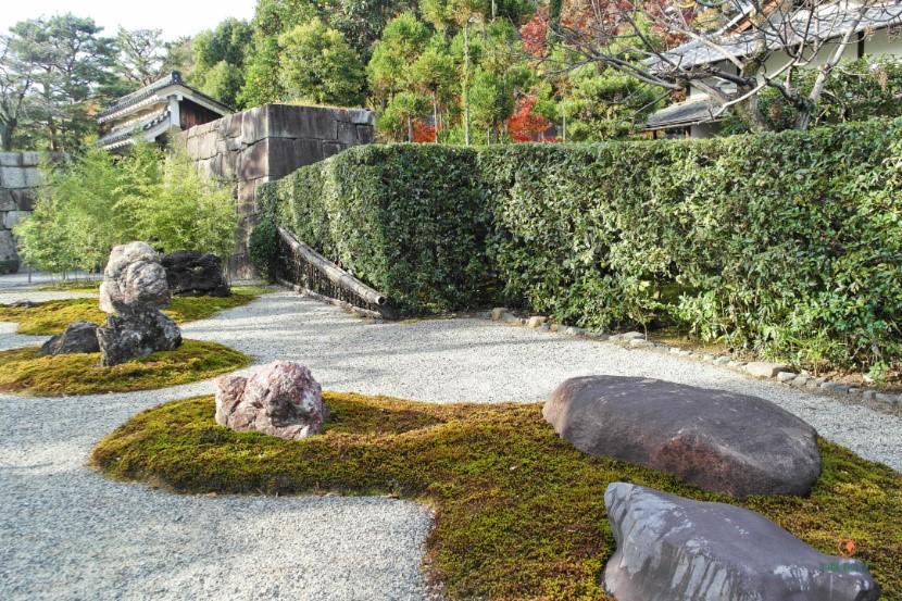 Seiryu-en del Castillo Nijo, un jardín zen.
