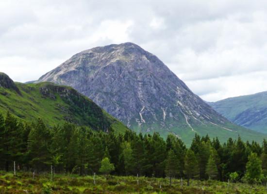 Contemplando el Glencoe durante nuestra ruta por las Highlands.