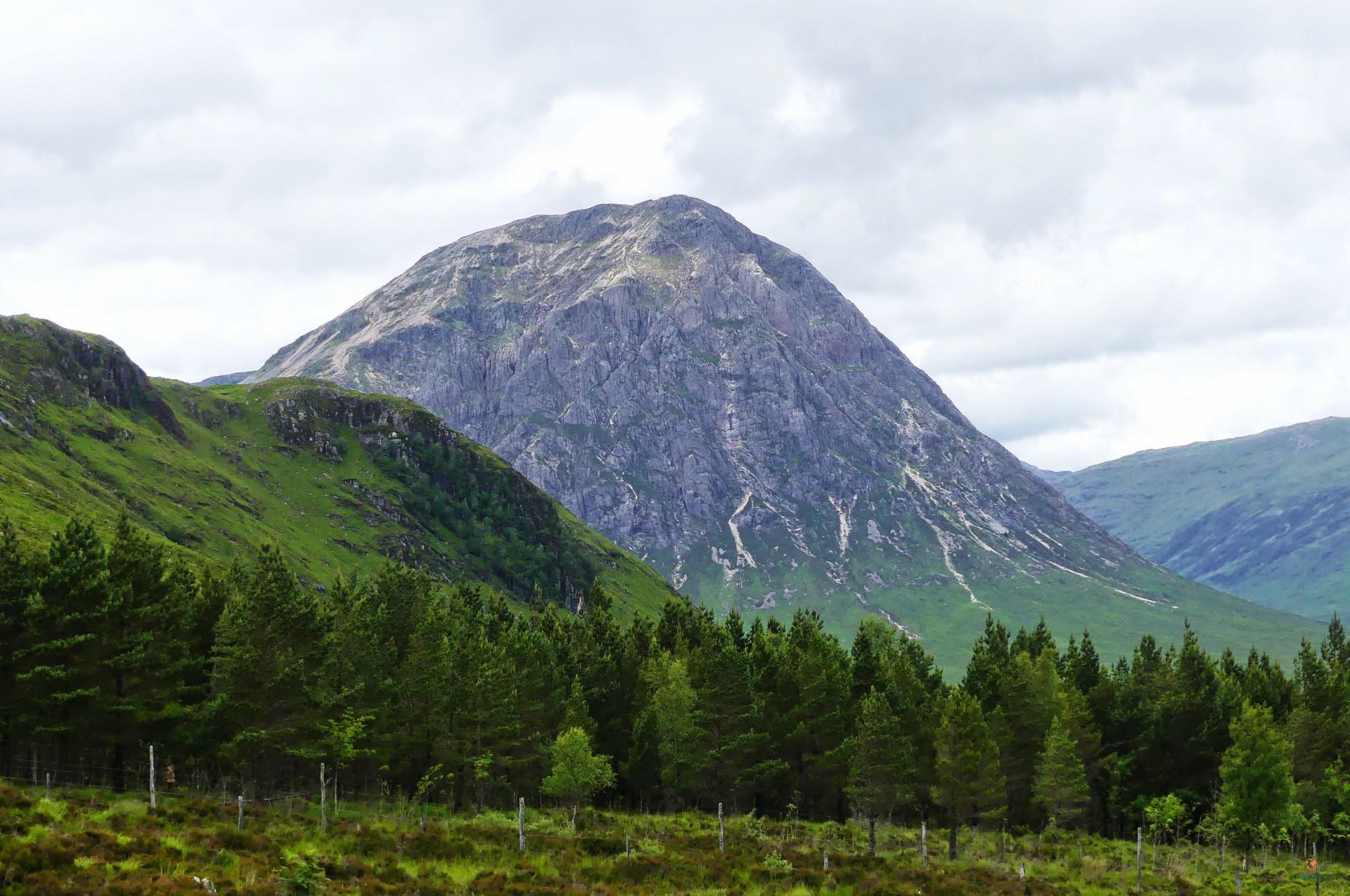 Montaña en Glencoe, en plenas Highlands escocesas.