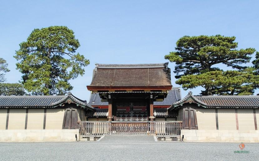 Visitar el Palacio Imperial de Kioto.