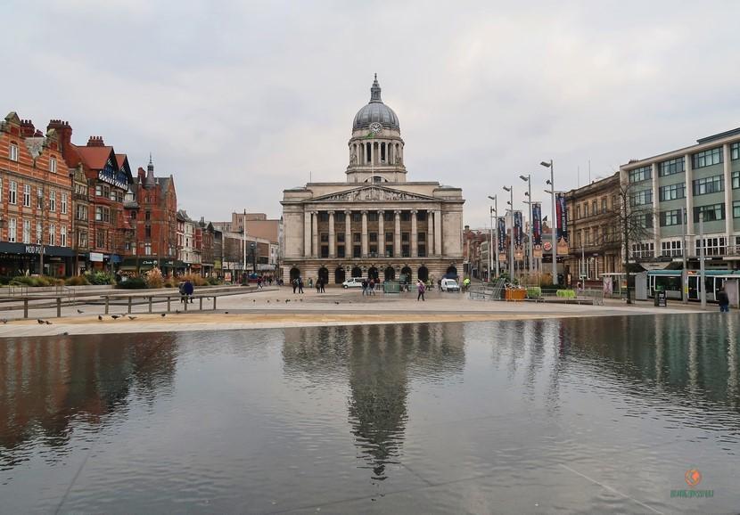 Que ver en Nottingham, el ayuntamiento.