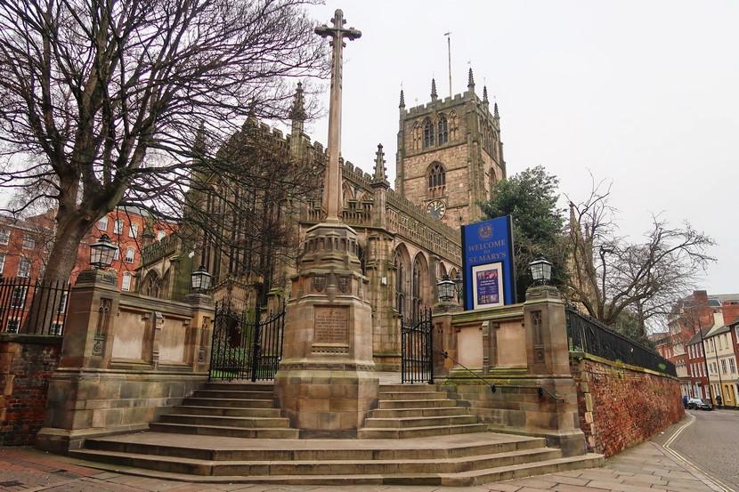 Qué ver en Nottingham, la iglesia St. Mary.